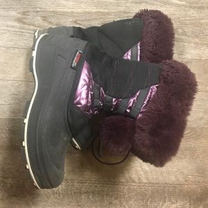 Shoes - Waterproof Winter Boots Size 5 Women's